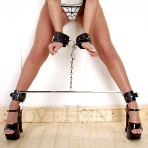 Leather Wrist To Ankle Cuffs With Spreader Bar